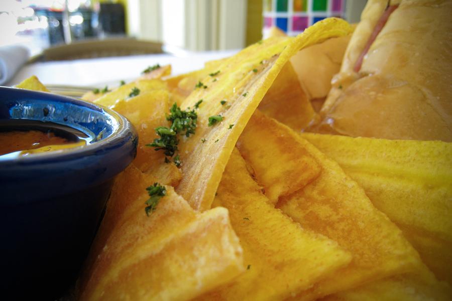 WEB-PLANTAIN-PLANTANOS-CHIPS-FOOD-MEXICO-Silus-Grok-CC