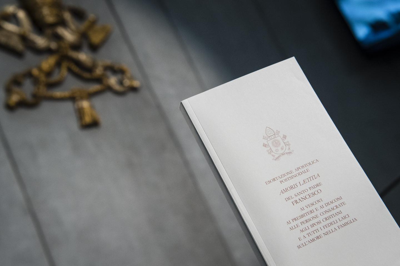 Book Amoris Laetitia by Pope Francis April 08, 2016