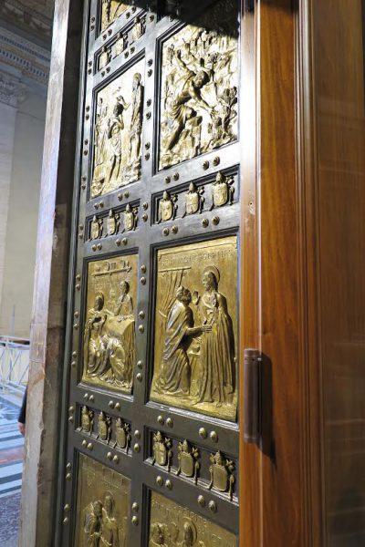holy doors st peters 2016