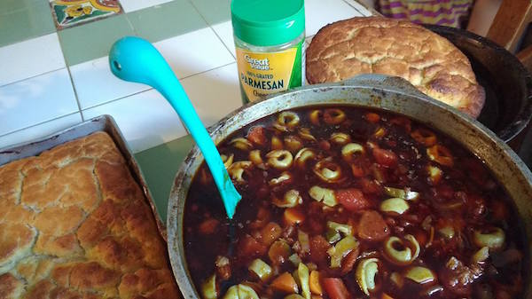 tortellini-soup-and-beer-bread