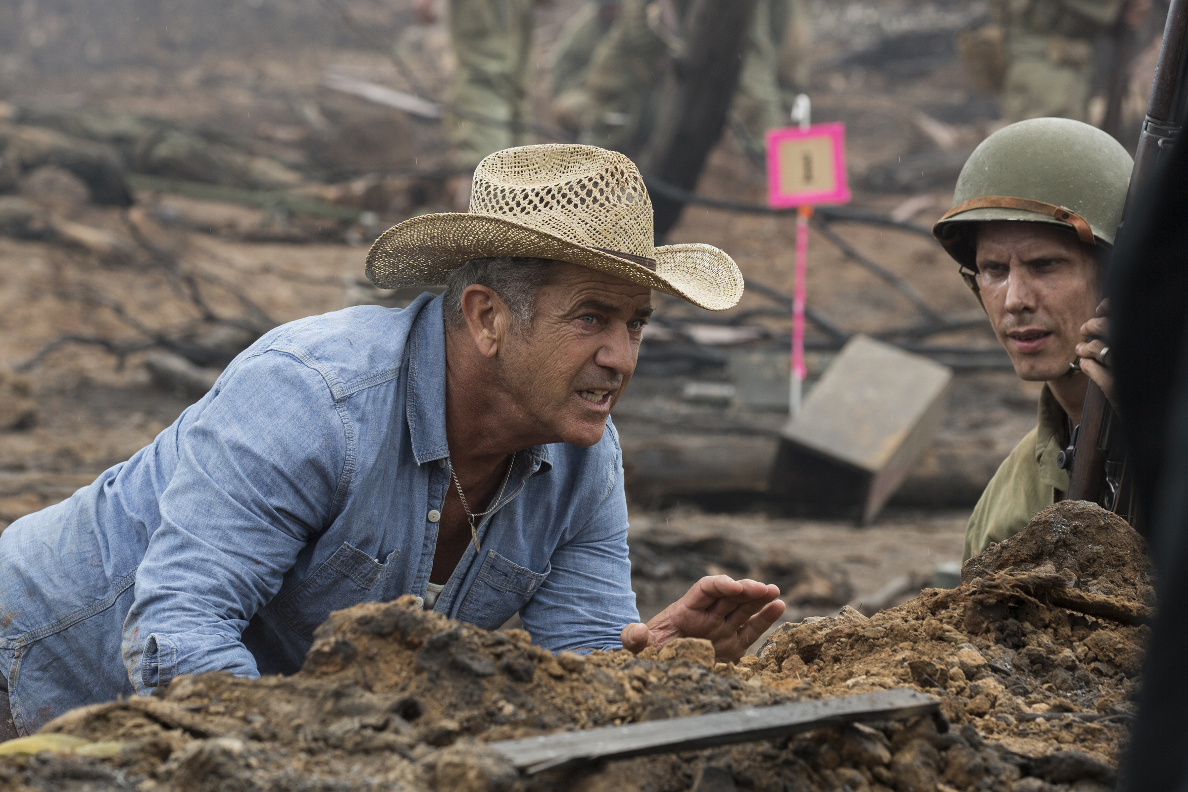 Mel Gibson Found Inspiration In Vietnam Hero For Hacksaw Ridge