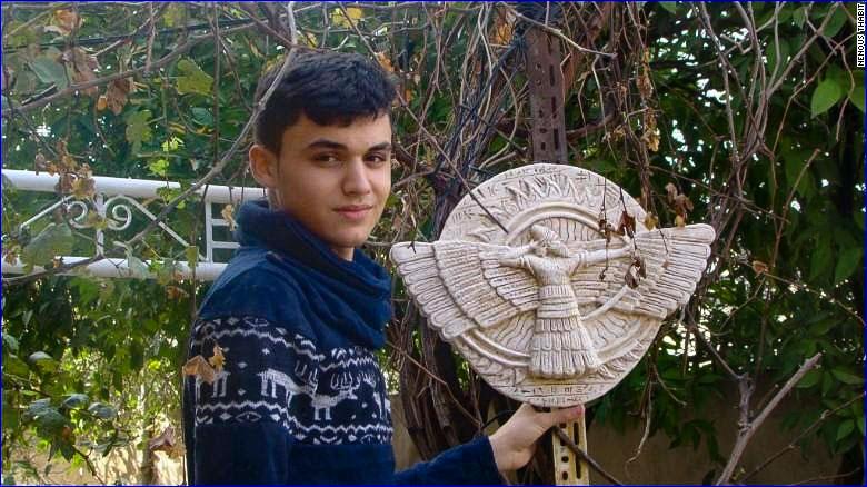 web-boy-sculptor-isis-artifact-recreation-003-nenous-thabit