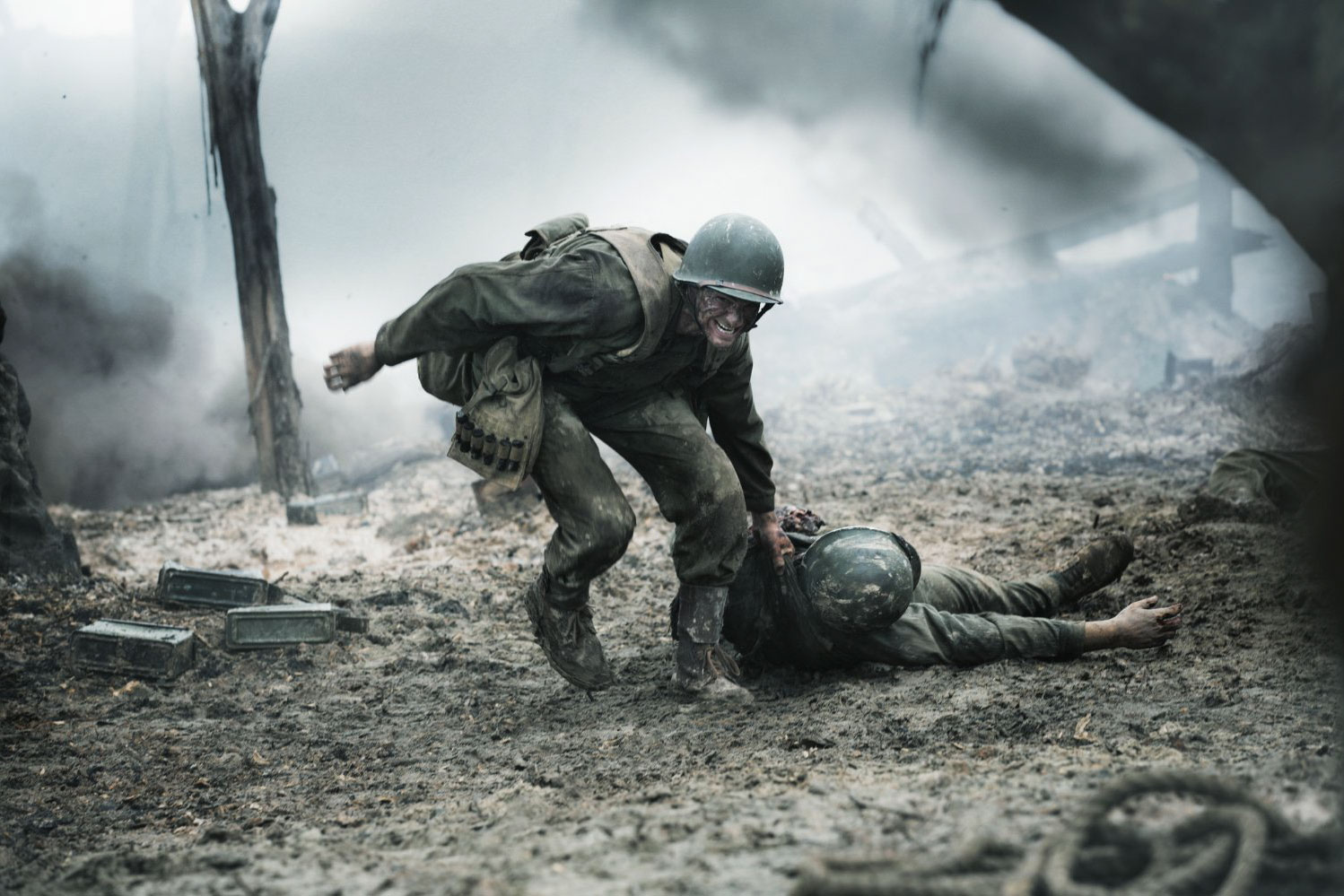 web-hacksaw-ridge-movie-2016-still-001-cross-creek-pictures-promo