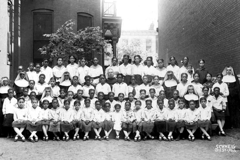 web-st-rita-school-1919-schweig-for-oblate-sisters-of-providence