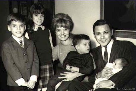 Florence Henderson and husband, Ira Bernstien with their children. Courtesy of Flohome.com