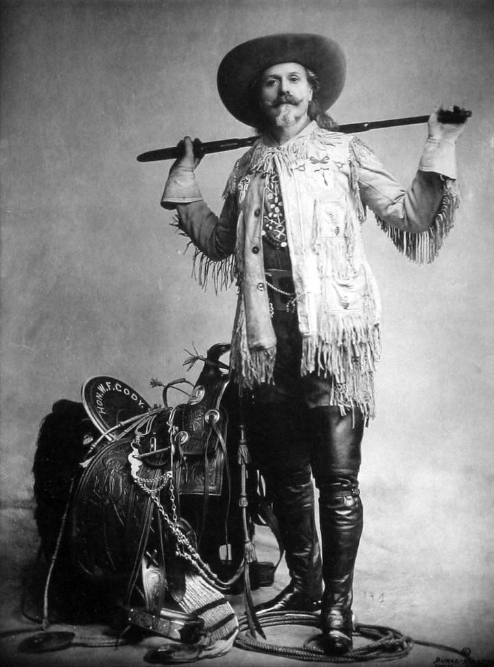 The day before his death, on January 9, 1917, and even though he was a Mason all his life, Buffalo Bill asked Father Christopher Walsh to baptize him as a Catholic. As Roncalli points out, we will never know whether it was a late conversion, or if the blessing of Leo XIII has matured over time.