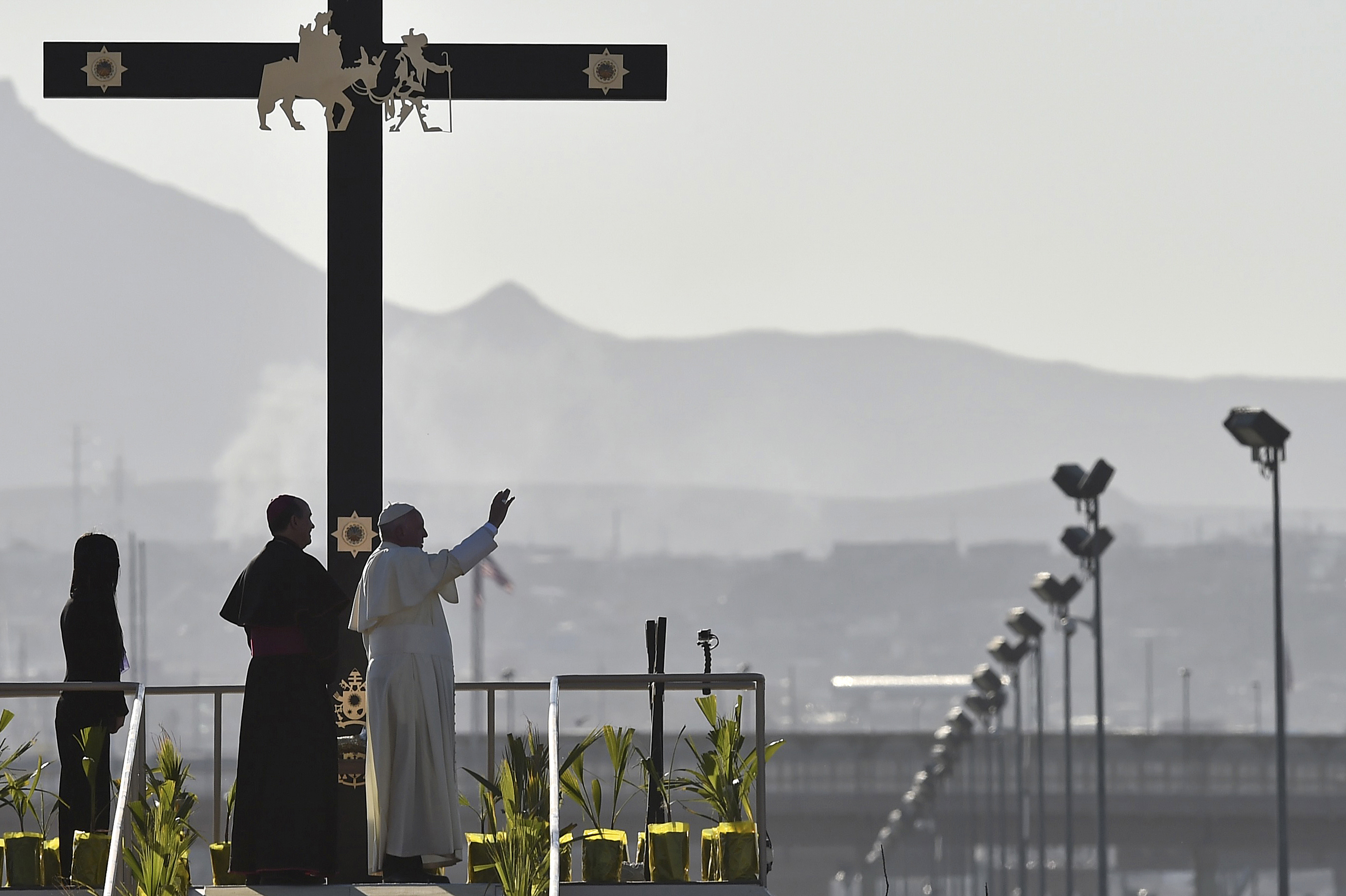 pope francis border