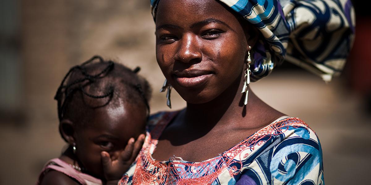 BURKINA FASO WOMAN CHILD