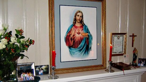 ENTHRONEMENT,SACRED HEART OF JESUS