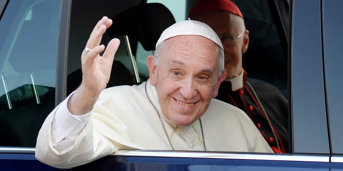 POPE FRANCIS WAVES AND SMILES