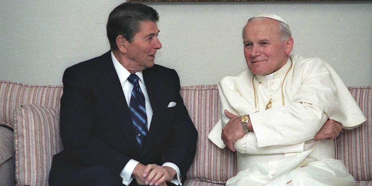 POPE JOHN PAUL II AND PRESIDENT RONALD REAGAN