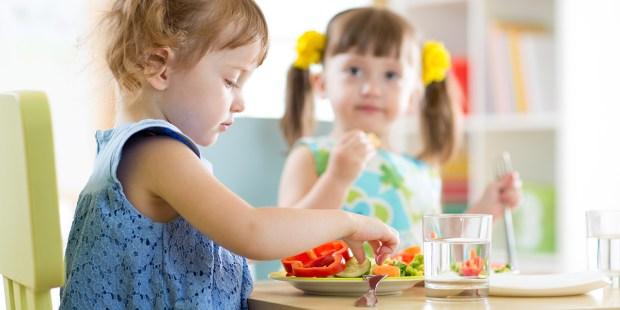Children eating Healthy