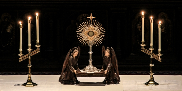 CONSECRATED HOST IN MONSTRANCE