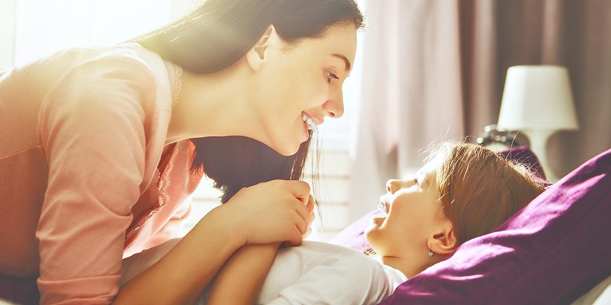 MOM,WAKING UP,CHILD;