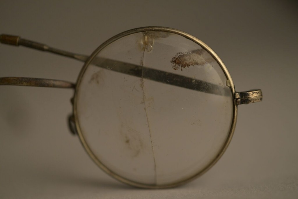 EYE GLASSES,AUSCHWITZ