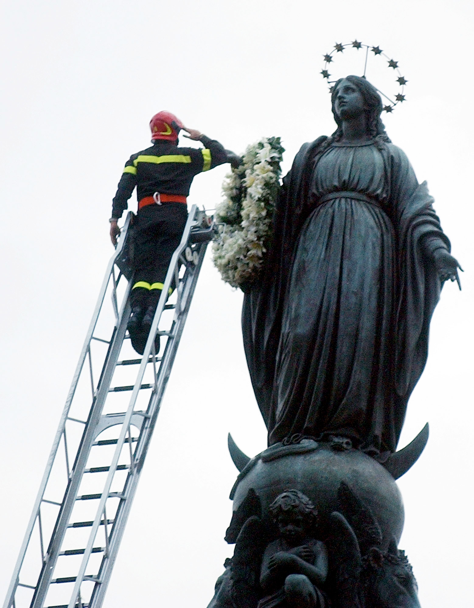 ITALY FIREFIGHTER BLESSED MOTHER