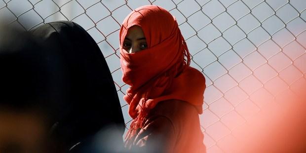YOUNG IRAQI WOMAN
