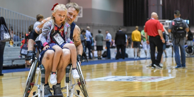 WOUNDED SAILOR,DAUGHTER,WHEELCHAIR