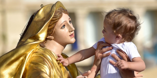 VIRGIN STATUE CHILD