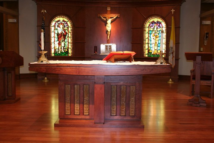 CARMELITE CHAPEL IN THE MALL