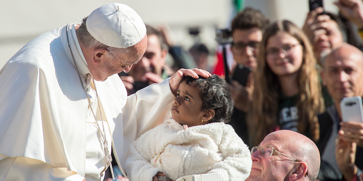 POPE FRANCIS,BABY GIRL