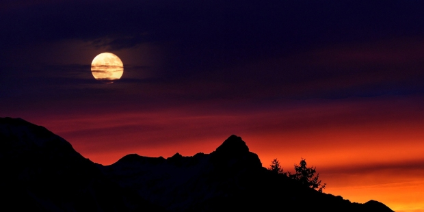MOUNTAINS,MOON,SUNSET