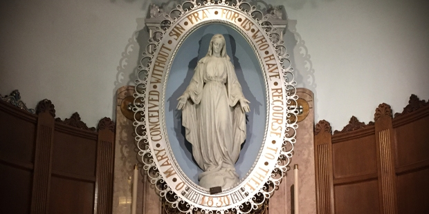 (slideshow) in images the fascinating symbolism of the Miraculous Medal