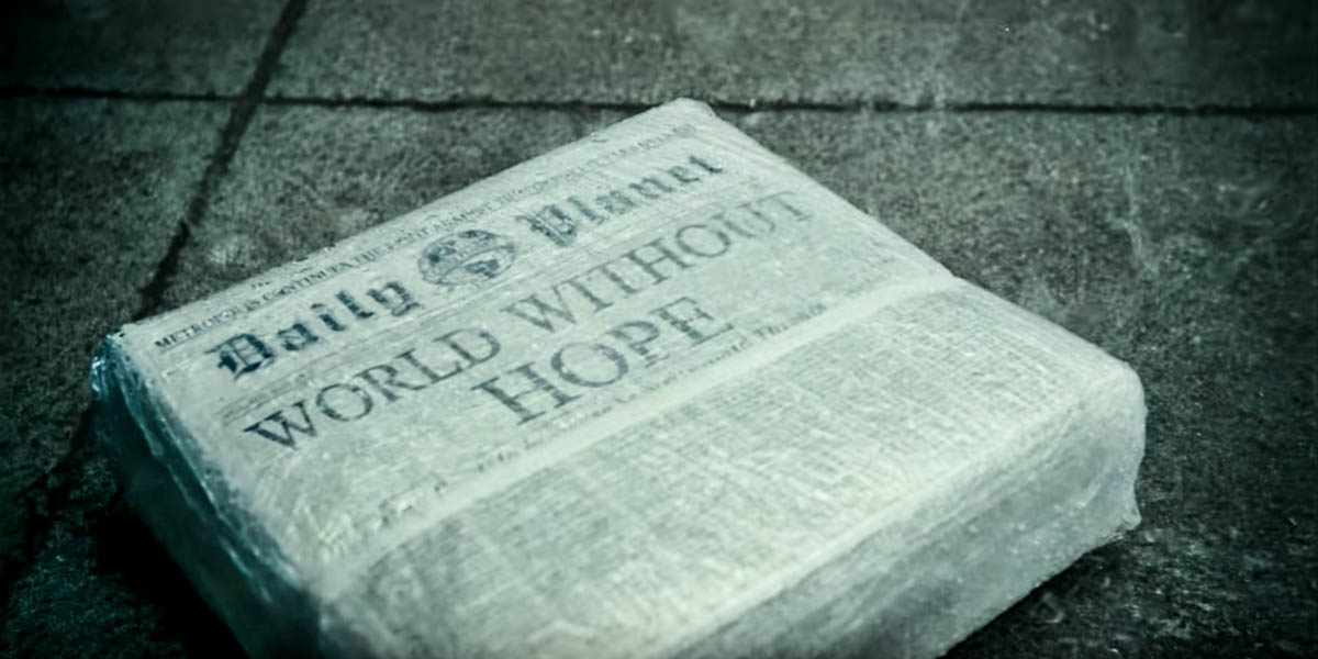 DAILY PLANET NEWSPAPER