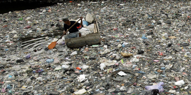 WATER POLLUTION TRASH