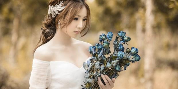 BRIDE,WEDDING