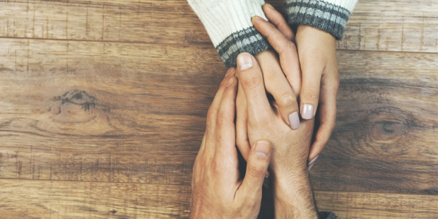 HANDS,COUPLE