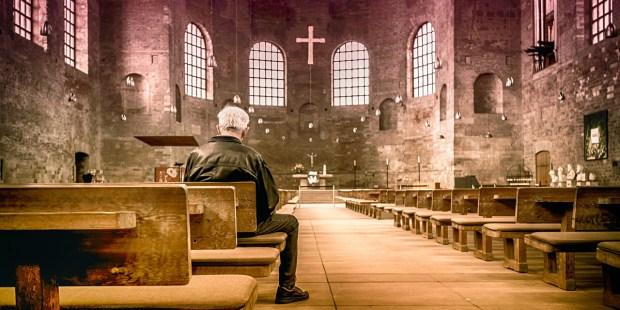 MAN,ALONE,CHURCH