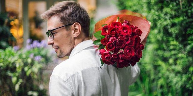 MAN,HUSBAND,FLOWERS
