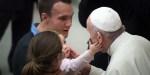 POPE FRANCIS,CHILD