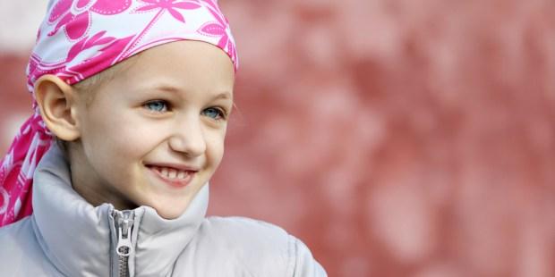 CHILDHOOD,CANCER,LITTLE GIRL