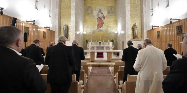 POPE-RETREAT-RELIGION