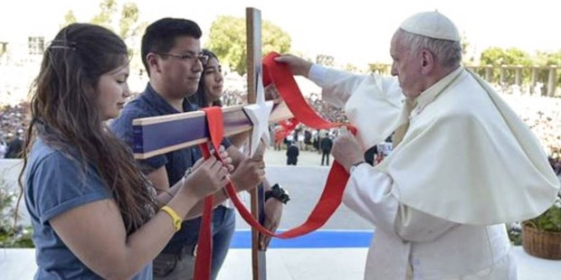 YOUTH WITH POPE FRANCIS