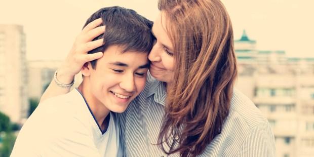 MOM,SON,HUG