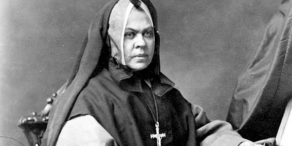 ELISABETH BRUYERE