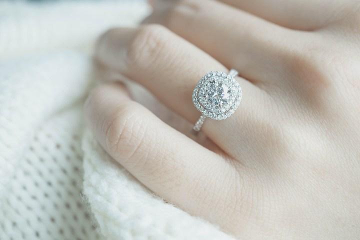 ENGAGEMENT,RING,DIAMONDS