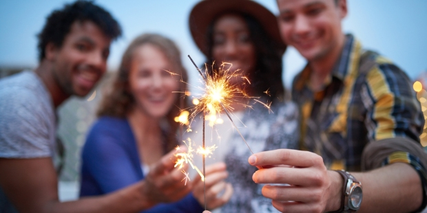 FRIENDS,SPARKLERS,FOURTH OF JULY