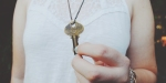 WOMAN,KEY,NECKLACE,FEARLESS