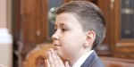 YOUNG BOY,PRAYING