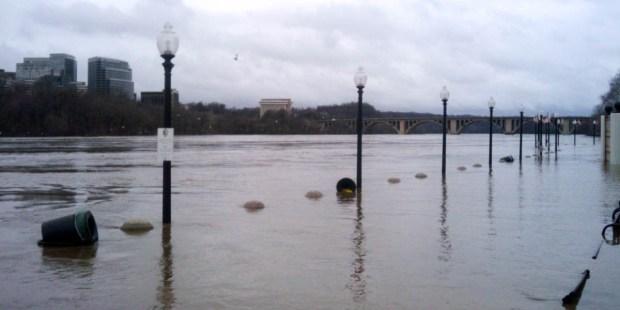 FLOODED,WASHINGTON
