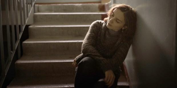 WOMAN,SAD,DEPRESSED