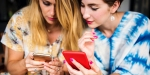 WOMEN ON PHONES