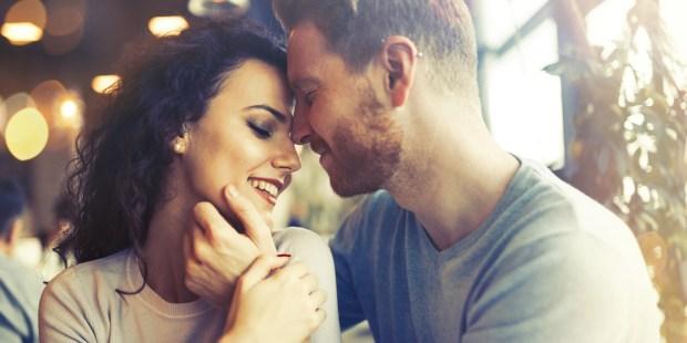 RELATIONSHIP,COUPLE