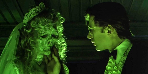 BEETLEJUICE MOVIE,GINA DAVIS,ALEC BALDWIN