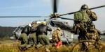 US ARMY,SOLDIERS,HELICOPTER