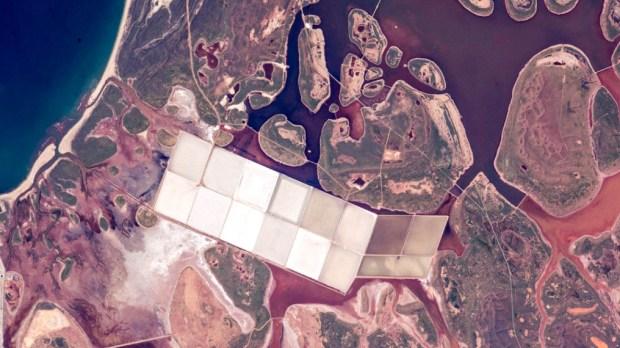 AUSTRALIAN COAST, SALT MINE